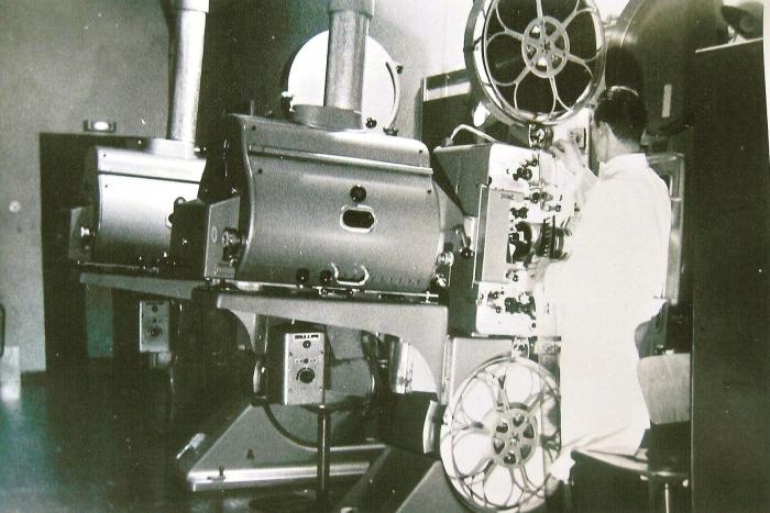 DP70 Film einlegen